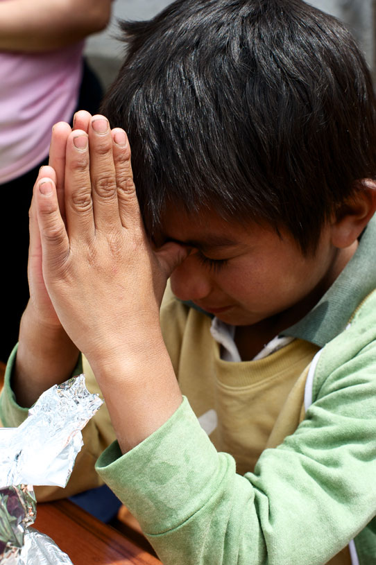 Compassion-International-Ecuador-EC478-Boy-Praying