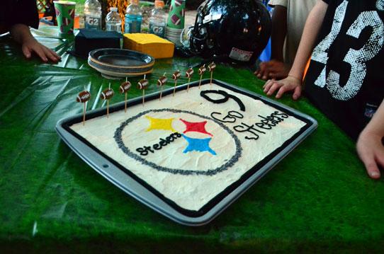 Steelers-Cake