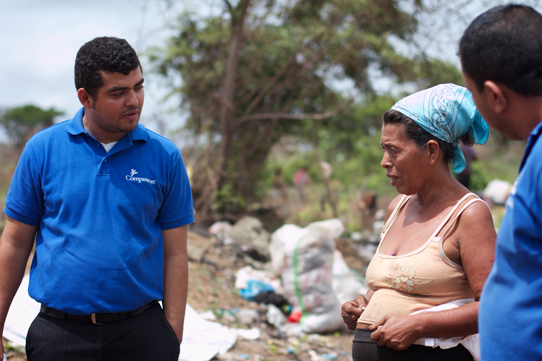 Carlos-and-Nicolausa-Managua-Dump