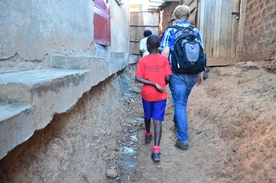 Walking-Katwe