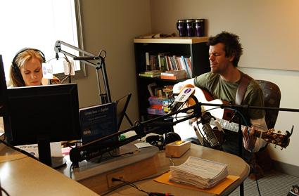 Shaun-Groves-On-KTIS-Radio